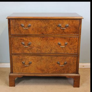 Antique Small Walnut Chest of Drawers.