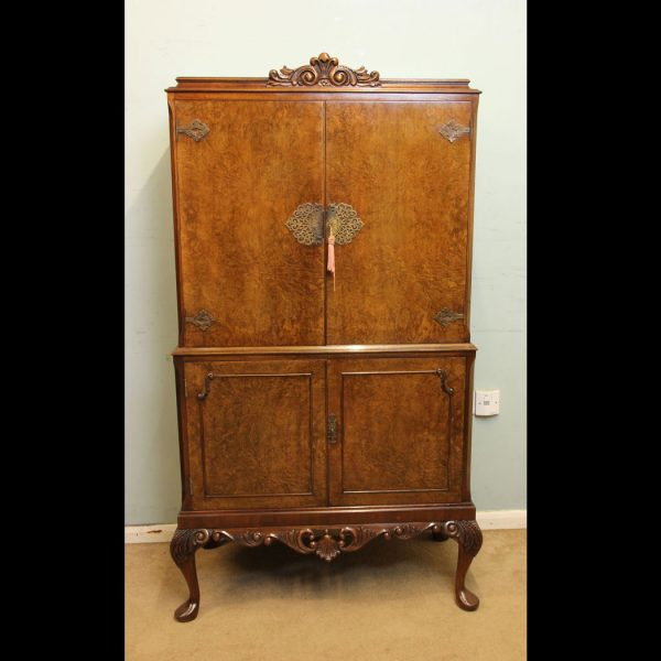 Queen Anne Style Burr Walnut Drinks Cabinet,
