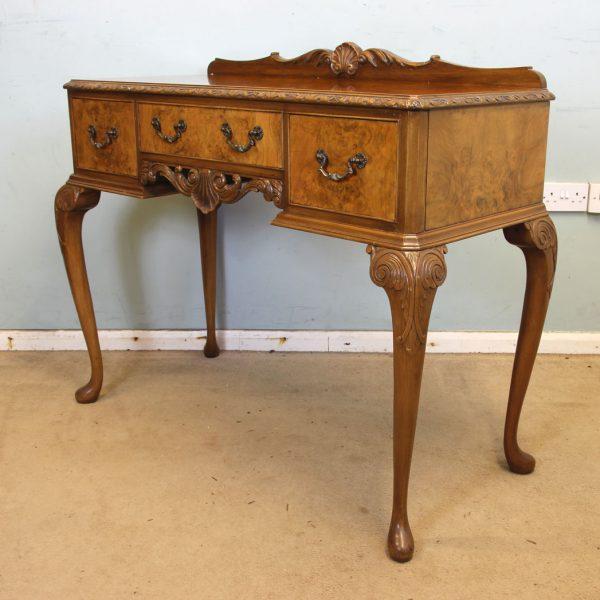 Queen Anne Style Burr Walnut Side Table.